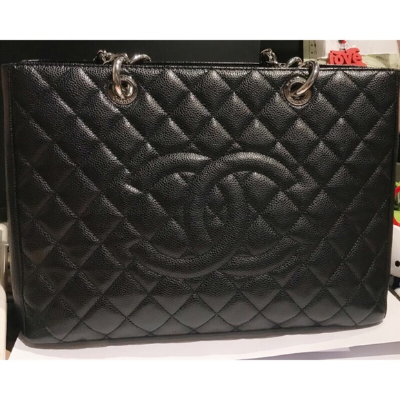 6cd578ca0b37 CHANEL Bags | Caviar Grand Shopping Tote Gst Medium Size | Poshmark